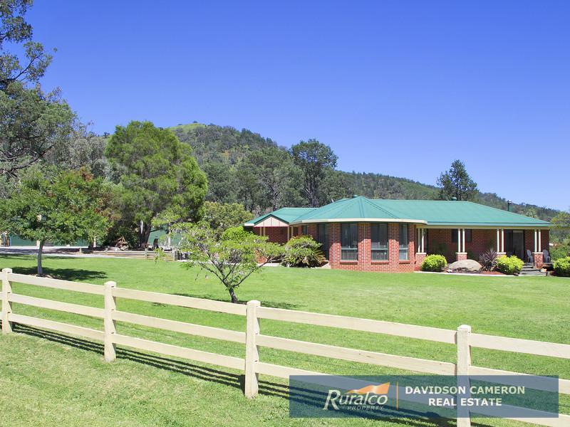 253 Catherine Way, Tamworth, NSW 2340