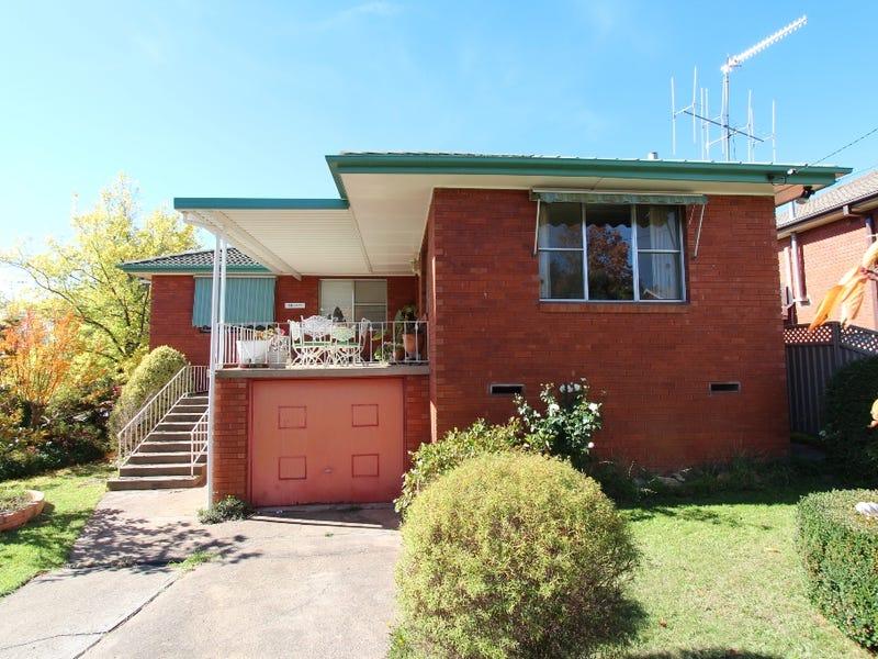 33 Isaacs Street, Bathurst, NSW 2795
