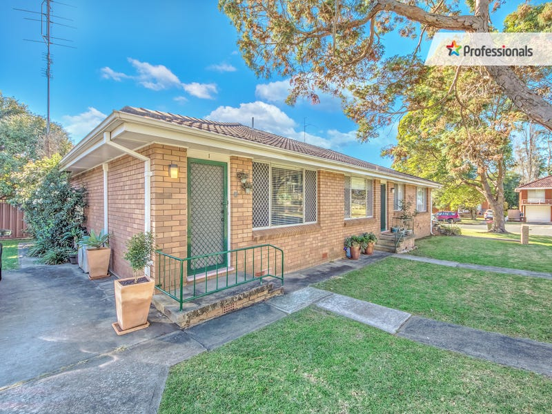 1/4 Cassian Street, Keiraville, NSW 2500