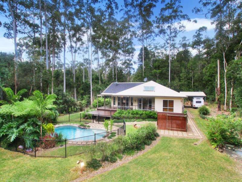 2 Palm Tree Court, Pomona, Qld 4568