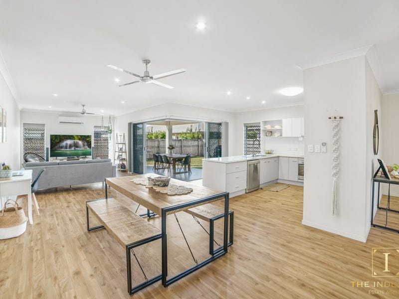 35 Fossilbrook Bend, Trinity Park, Qld 4879