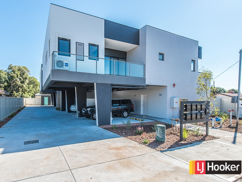 Apartments 1,4/43 Yale Road, Thornlie