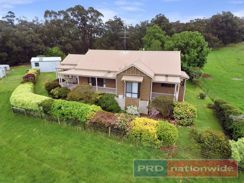 15 Mahers Lane, Mount Egerton, Vic 3352