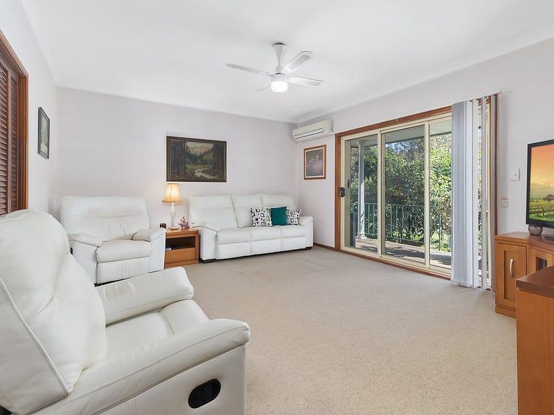 32 Phoenix Crescent, Casula, NSW 2170