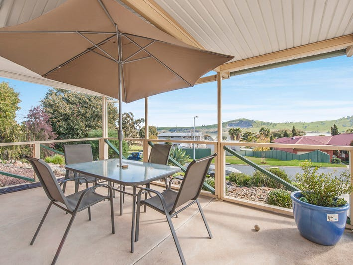 8 Elizabeth Crescent, Bellbridge, Vic 3691