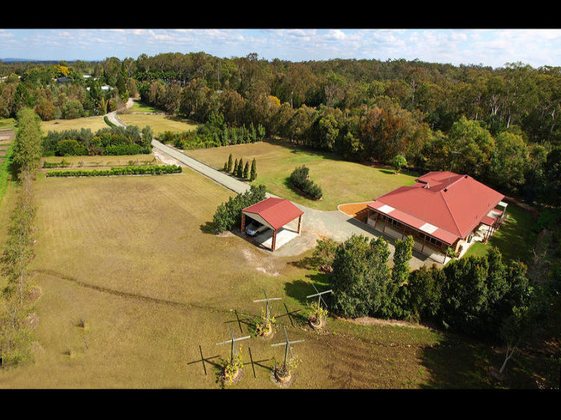 212 Rosia Rd, Park Ridge, Qld 4125