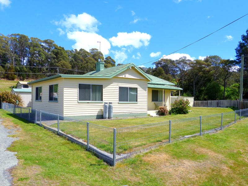 1 The Flat, St Marys, Tas 7215