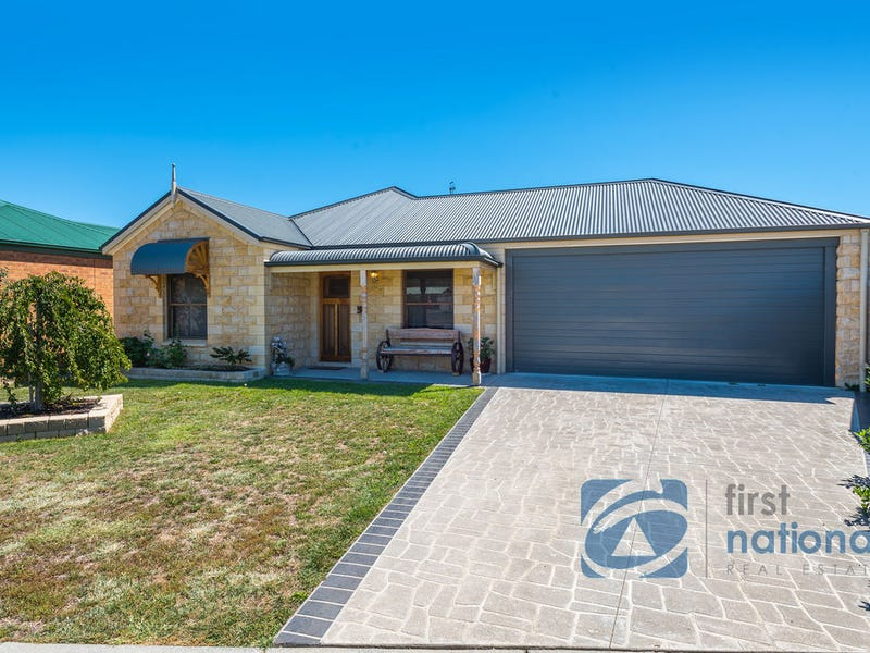 2 Acacia Court, Broadford, Vic 3658