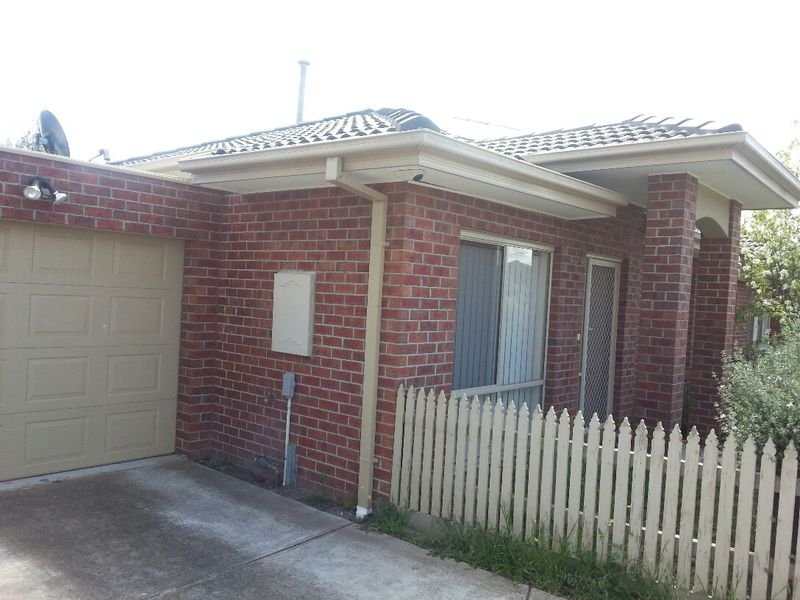 Unit,2B Gardiner Avenue, Dandenong North, Vic 3175