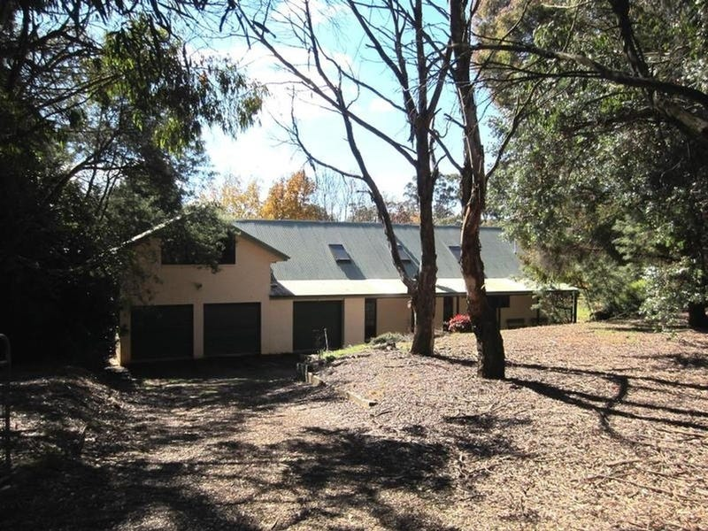 29 On Avon Avenue, Oberon, NSW 2787