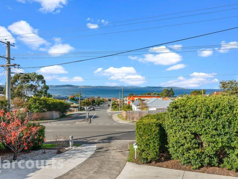 235 Roslyn Avenue, Blackmans Bay, Tas 7052