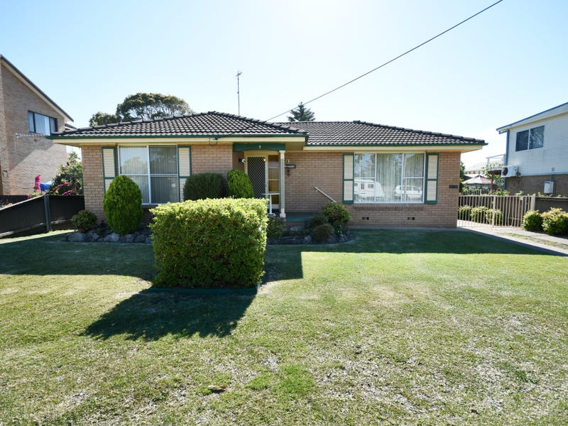 9 Church Street, Greenwell Point, NSW 2540