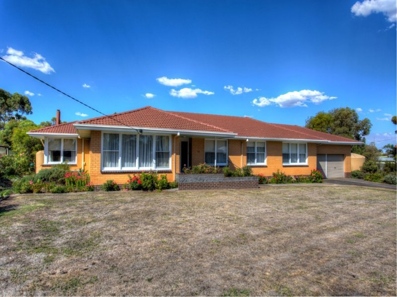 12 Beaufort Road, Skipton, Vic 3361