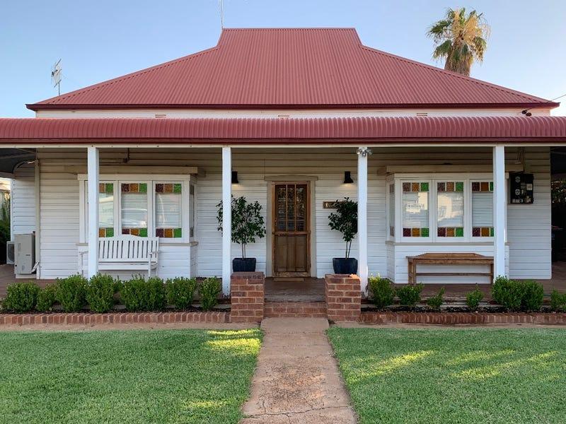 114 Orange Street, Condobolin, NSW 2877