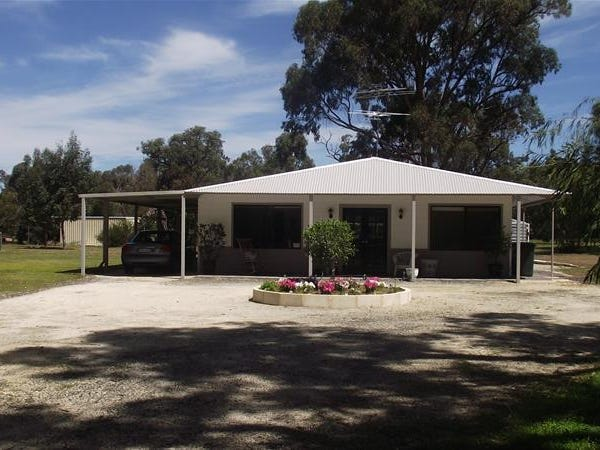 15 Pitman Road, Lake Clifton, WA 6215