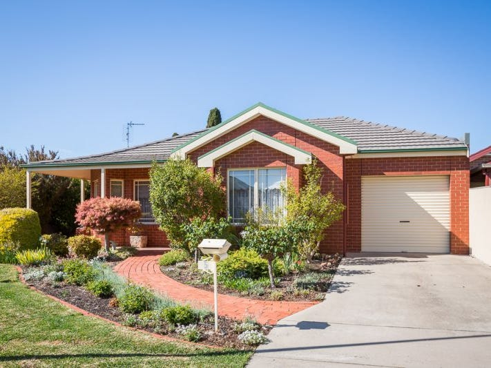 5 Magee Court, Horsham, Vic 3400