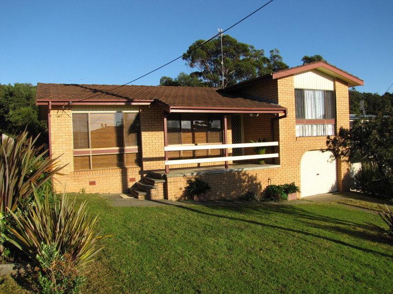 11 Montague Ave, Kianga, NSW 2546