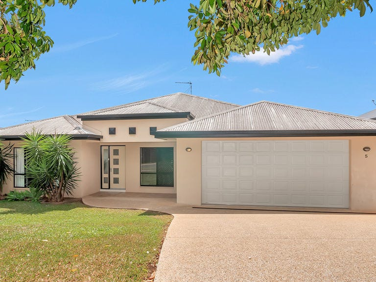 5 Ellestree Cl, Redlynch, Qld 4870