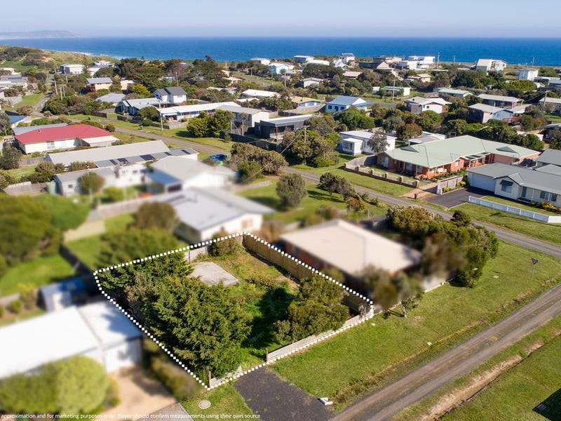 13 Lawson Street, Surf Beach, Vic 3922