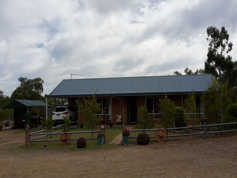 100, Dawson Highway, Springsure, Qld 4722