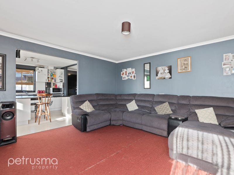 16 Holloway Drive, Herdsmans Cove, Tas 7030