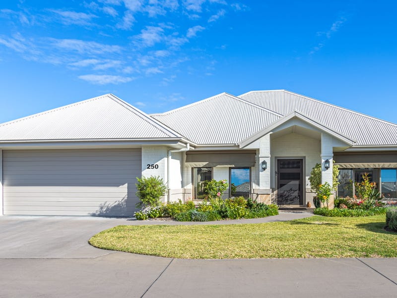 Renoir 250/50 Spinifex Ave, Tea Gardens, NSW 2324