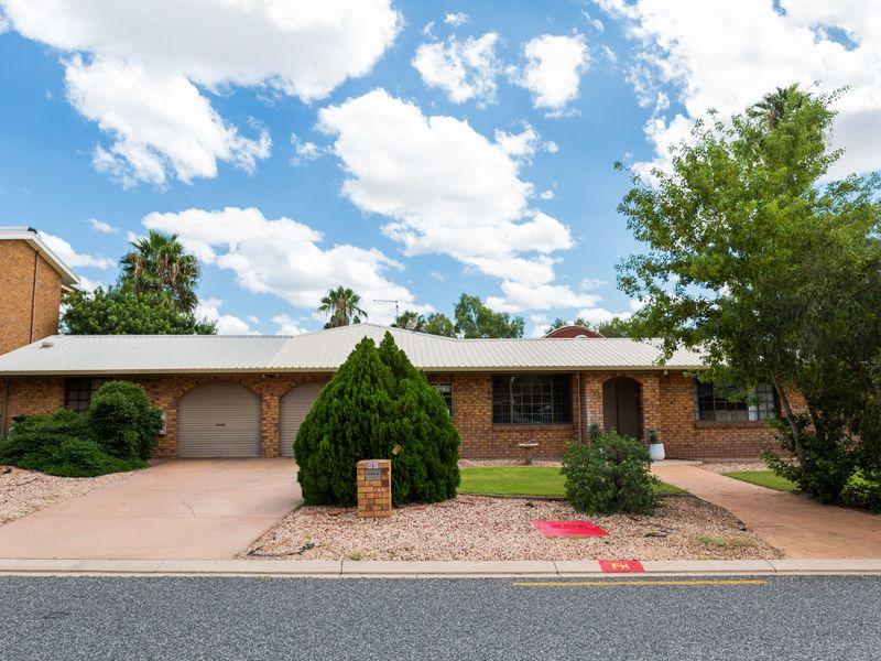 95 Cromwell Drive, Desert Springs, NT 0870
