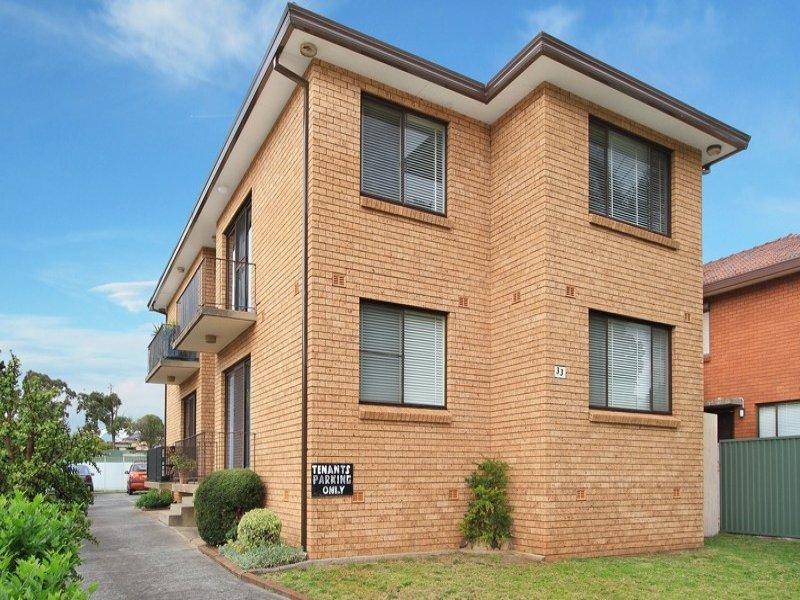 33 Carlotta Crescent, Warrawong, NSW 2502