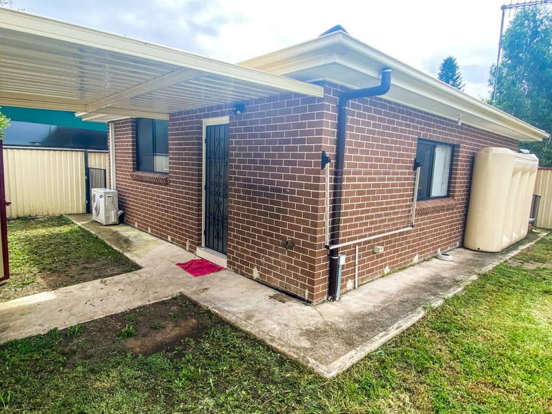 8a Bellbird Place, Cartwright, NSW 2168