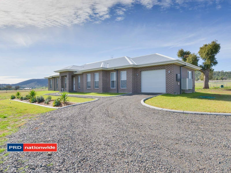 9 Horseshoe Place, Tamworth, NSW 2340