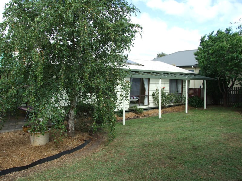 25 Tooronga Road, Willow Grove, Vic 3825