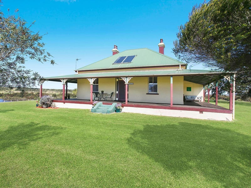 21 Buckleys Road, Dunmore, NSW 2529