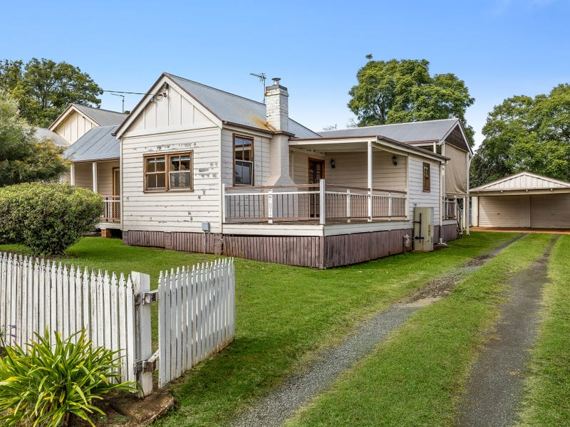 172 South Street, Centenary Heights, Qld 4350
