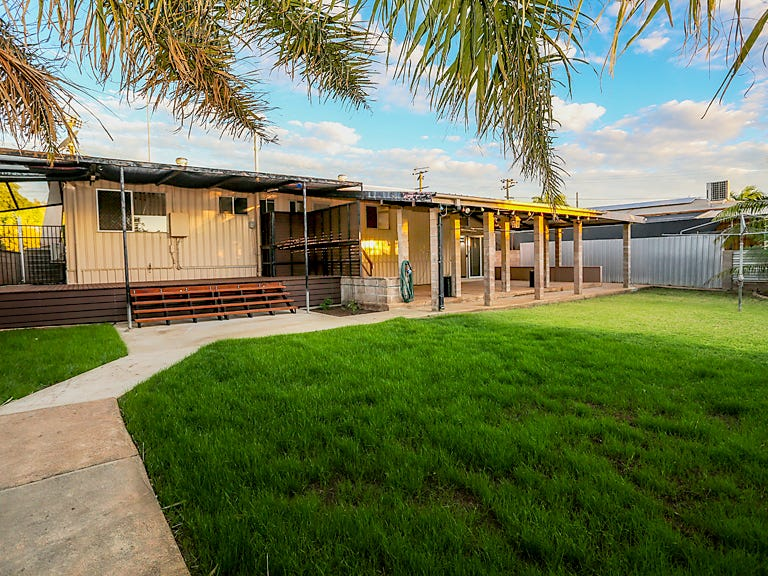 36 Paterson Cres, Mount Isa, Qld 4825