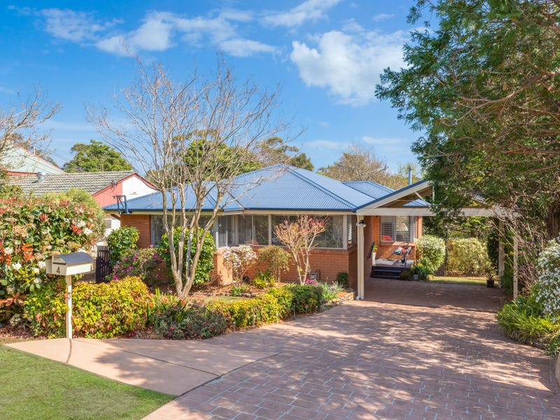 4 Robyn Road, Winmalee, NSW 2777