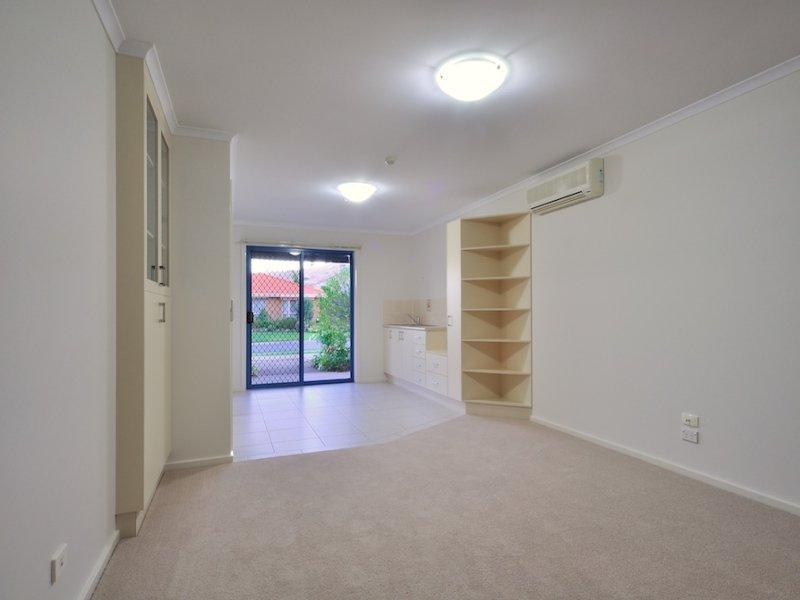 Apt 210/36 Mountford Crescent, Albury, NSW 2640