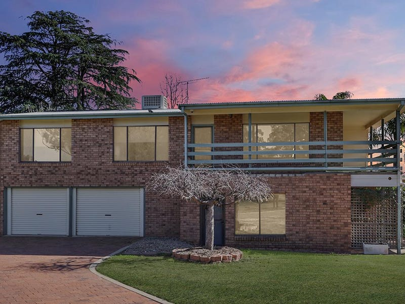 4 Willis Place, Forbes, NSW 2871