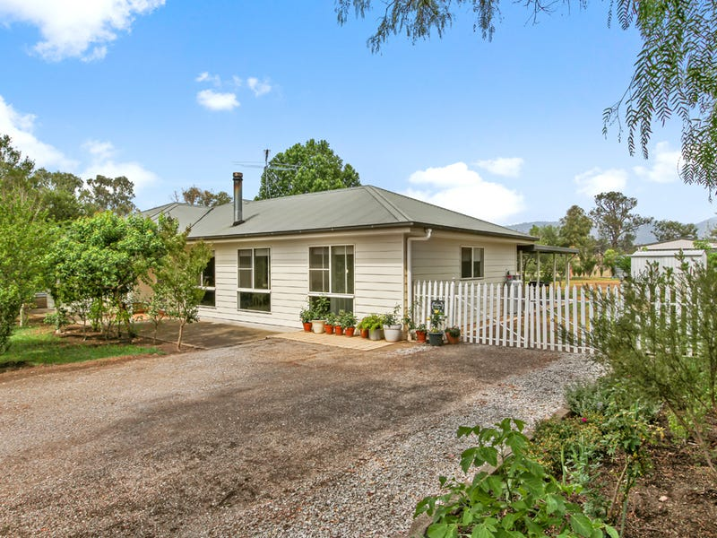 5 River Street, Moonbi, NSW 2353