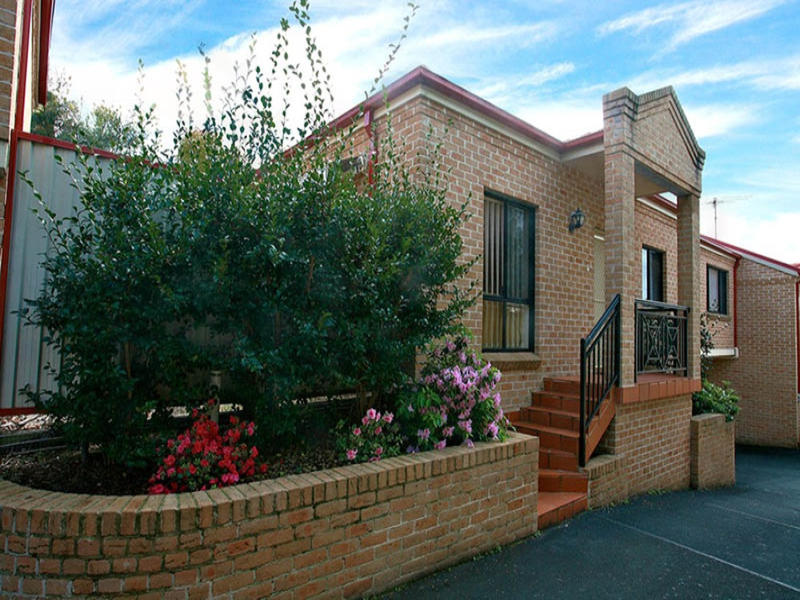 2/2 Cahill Street, Beverly Hills, NSW 2209