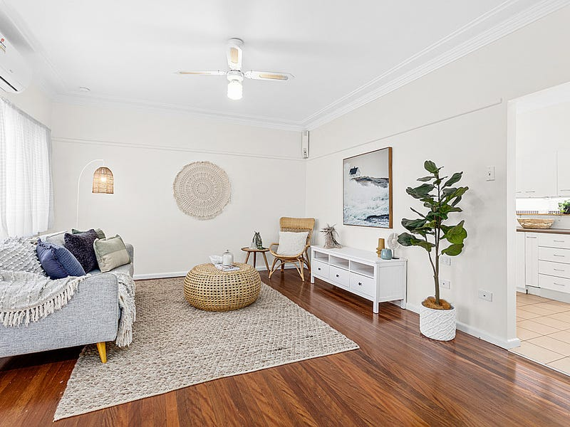 1/32 Devonshire Crescent, Oak Flats, NSW 2529