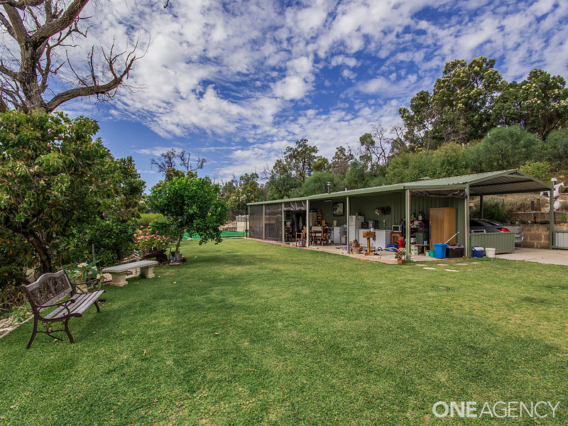 548 Southern Estuary Road, Lake Clifton, WA 6215
