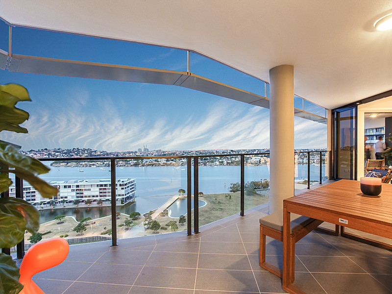 1206/30 Festival Place, Newstead, Qld 4006