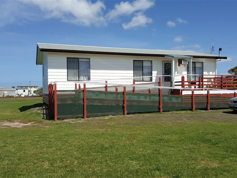 Address available on request, Manns Beach, Vic 3971