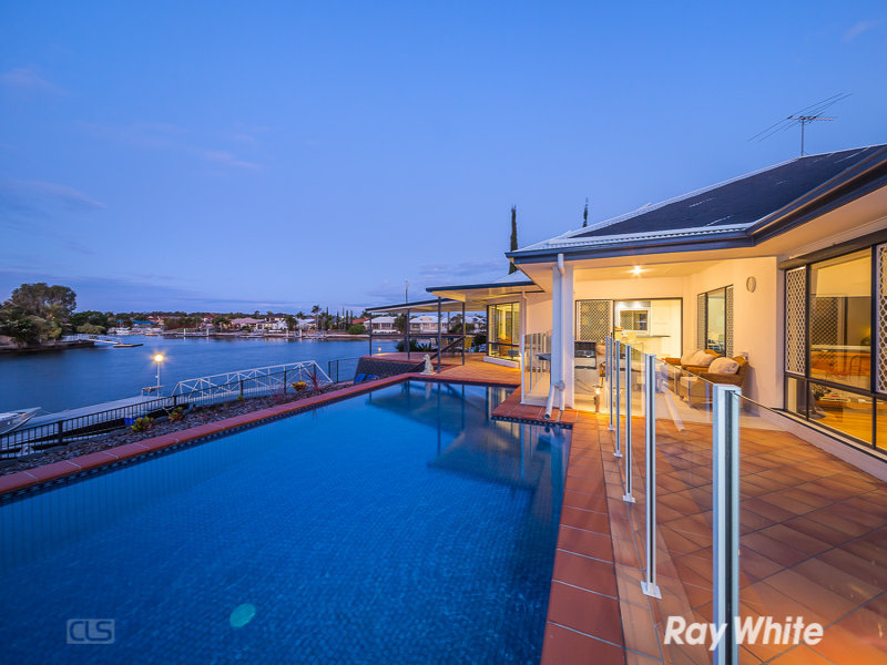 15 Voyagers Drive, Banksia Beach, Qld 4507