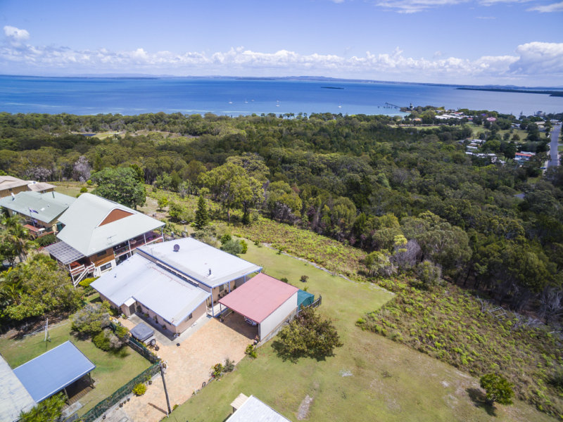 43 Rainbow Crescent, Dunwich, Qld 4183
