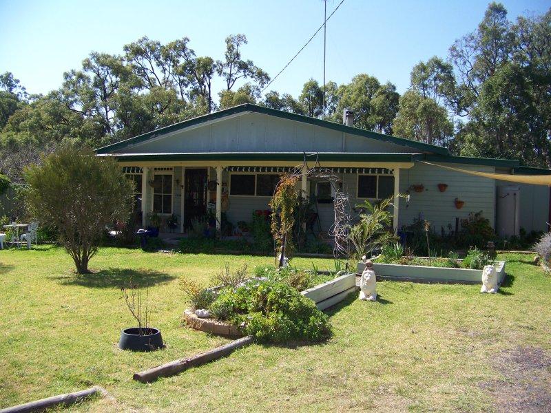 11 Hawkins Road, Coonabarabran, NSW 2357