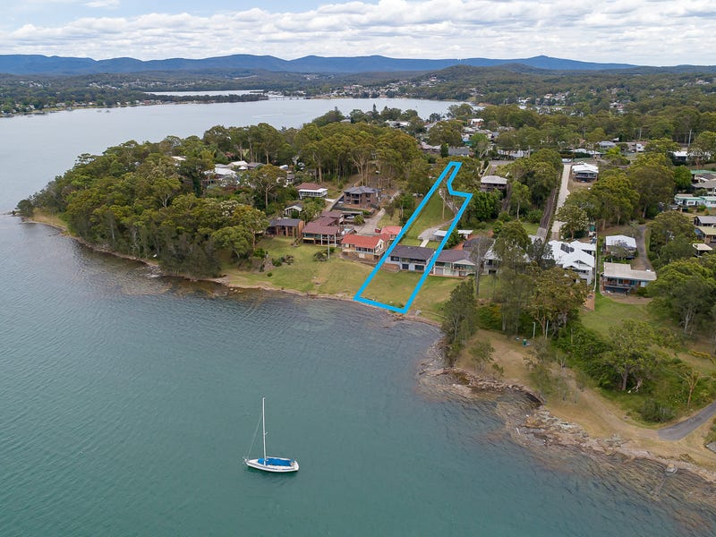 12 Macquarie Street, Bolton Point, NSW 2283