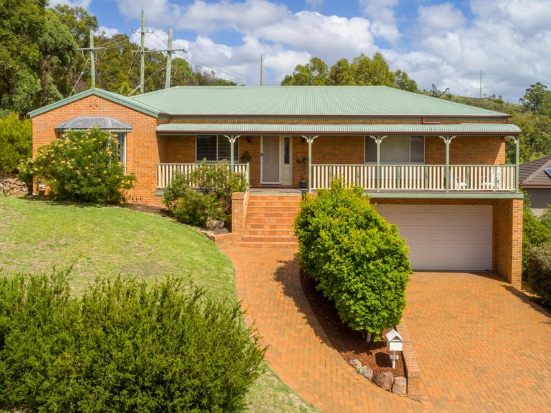 20 Hillview Crescent, Macquarie Hills, NSW 2285