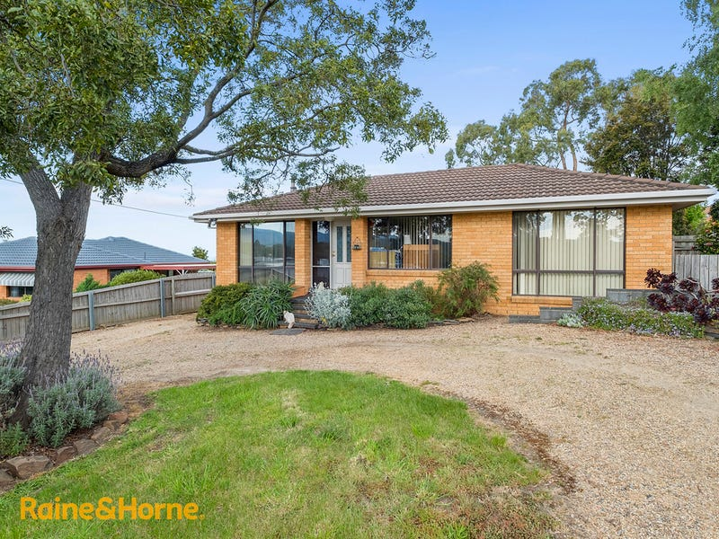 55 Burwood Drive, Blackmans Bay, Tas 7052