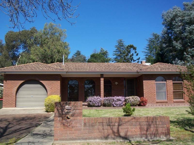 6 Lawrence Street, Cootamundra, NSW 2590